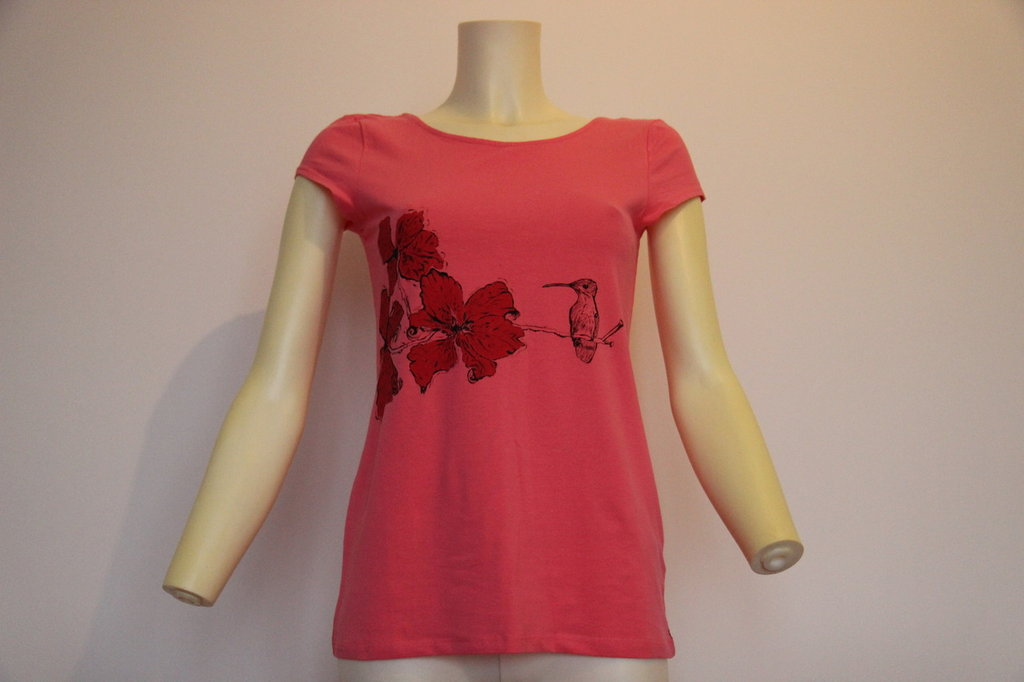 Maglietta rosa dipinta a mano