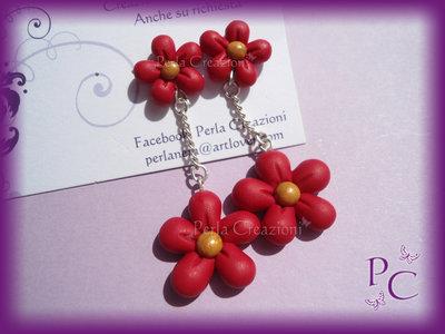 Orecchini a perno Bis di fiori - colore rosso
