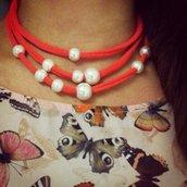 Collana o bracciale con perle