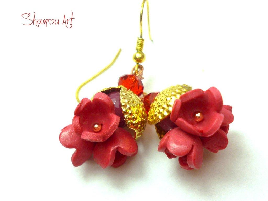 Orecchini autunno con fiori in pasta polimerica e pietra di giada rossa incastonata