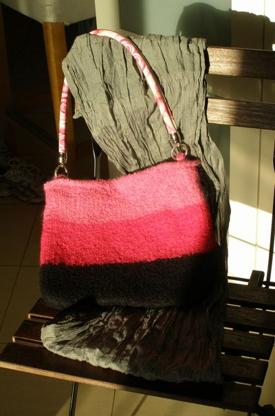 borsa in lana infeltrita
