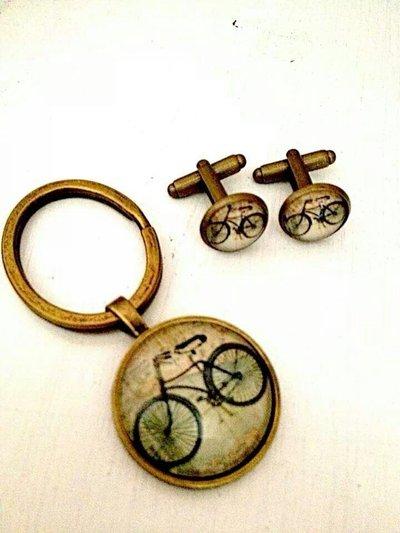 Set portachiavi e gemelli bicicletta vintage
