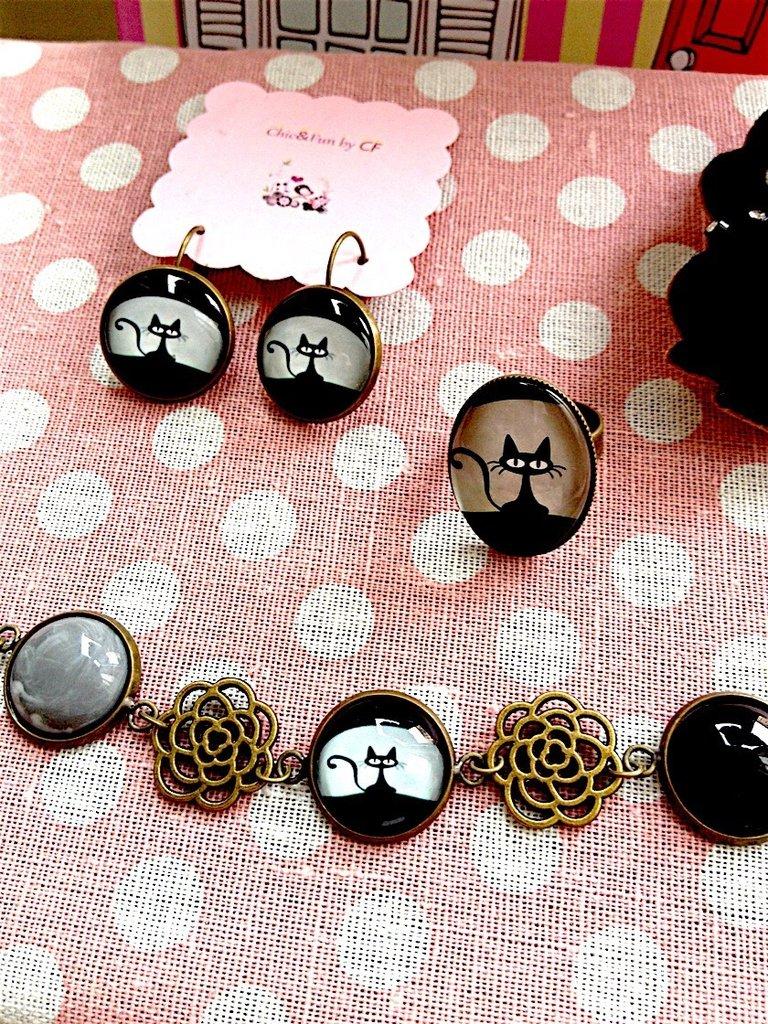 Parure anello+orecchini+bracciale gatto nero