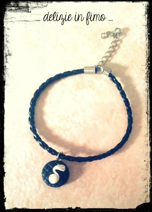 Bracciale in Cordino con Nota musicale in fimo   Cord bracelet with musical note polymer clay