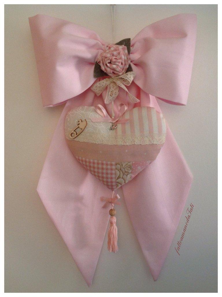 Fiocco nascita in piquet di cotone rosa con cuore patchwork