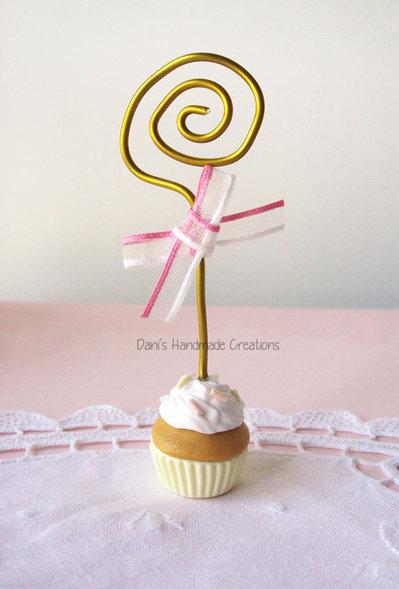 Portafoto/segnaposto/bomboniera con cupcake in fimo e fiocco