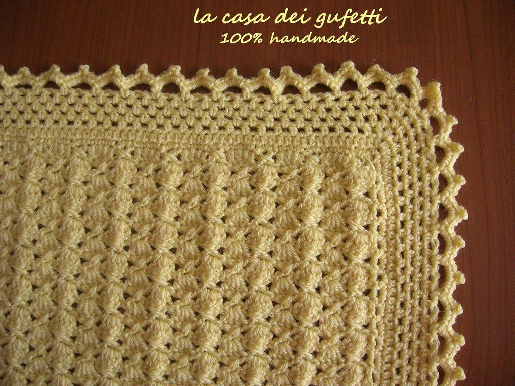 Popolare Copertina di lana gialla realizzata all'uncinetto in pura lana  CE66