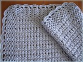 Copertina di lana azzurra per passeggino o culla realizzata a mano in pura lana vergine