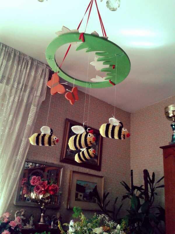 giostrina apine o farfalle
