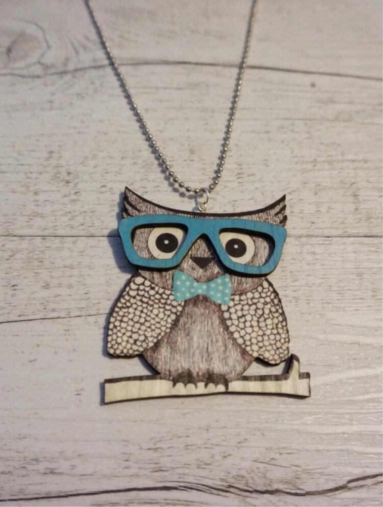 Collana Gufo con gli occhiali in legno fatta a mano - un aiuto agli animali abbandonati, negozio solidale pro cani e gatti