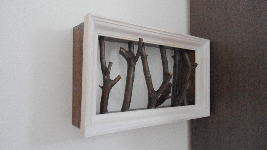 Attaccapanni a muro in legno massello rami ulivo vero - Attaccapanni a muro design ...