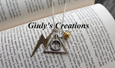 """Collana """"Tris"""" di Harry Potter, con saetta di Harry, Dono della Morte e Boccino d'Oro 3 simboli in un'unica collana"""