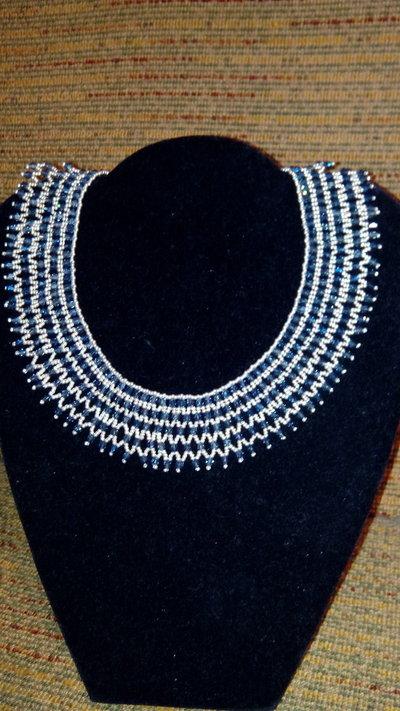 Colier  con biconi di cristallo tipo swarowsky
