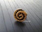 Anello bottone gioiello vintage dorato con strass