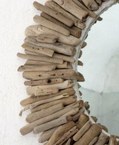 specchio giotto con legni di mare per la casa e per te