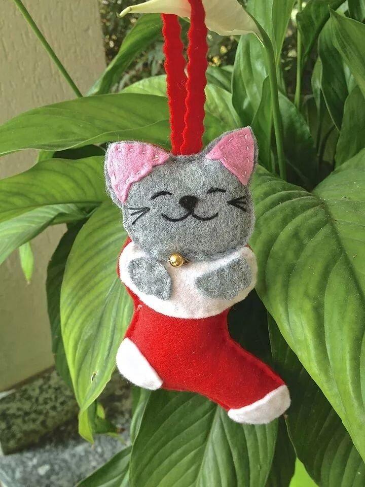 Natale - Gatto in feltro dentro alla calza della befana, addobbo per albero