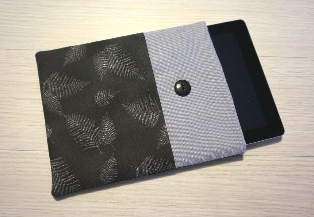 custodiaFelce per tablet o ebook reader - comunicaci il modello del tuo tablet e realizzeremo la custodia su misura!!!