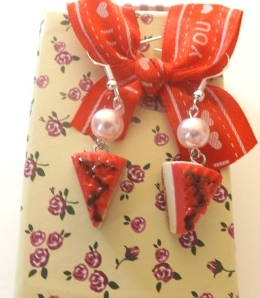 Orecchini Cheescake in fimo alla fragola con glassa e perla!
