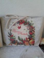 Borsa in tessuto  yuta con ghirlanda natalizia