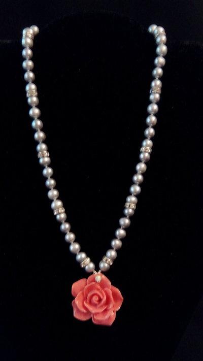 collana con perle e Swarowsky