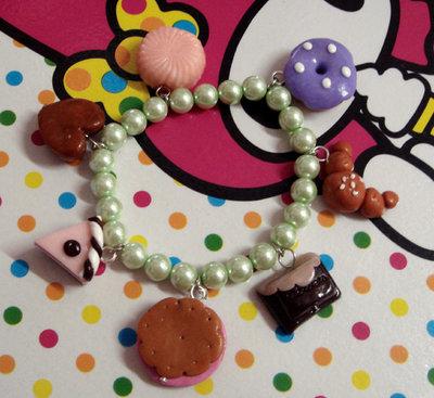 Bracciale elastico di perle e dolcetti!!!