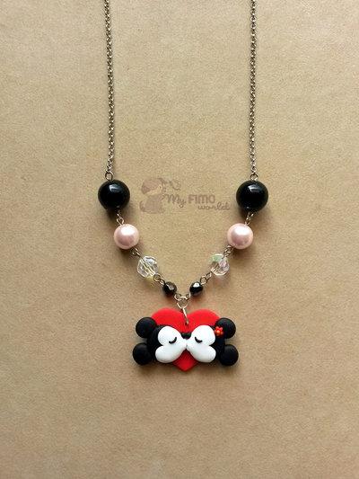 Collana con Mickey e Minnie innamorati su cuore fimo