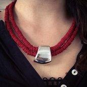 Collana rossa in filato
