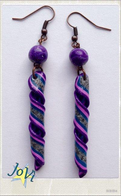 Orecchini eli lilla artigianali fatti a mano, originali, made JoVì