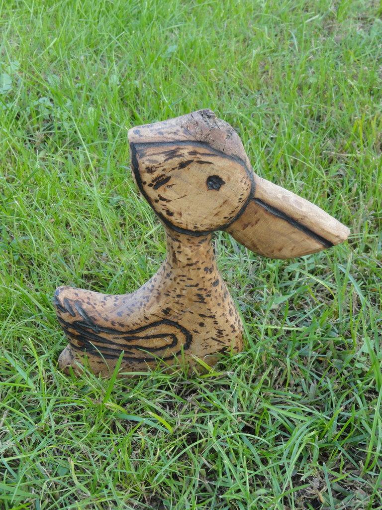 Pellicano decorativo in legno