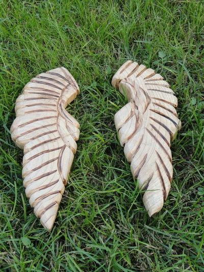 Ali  d'angelo in legno