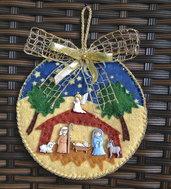 Natale - pallina di Natale piatta in feltro con presepe