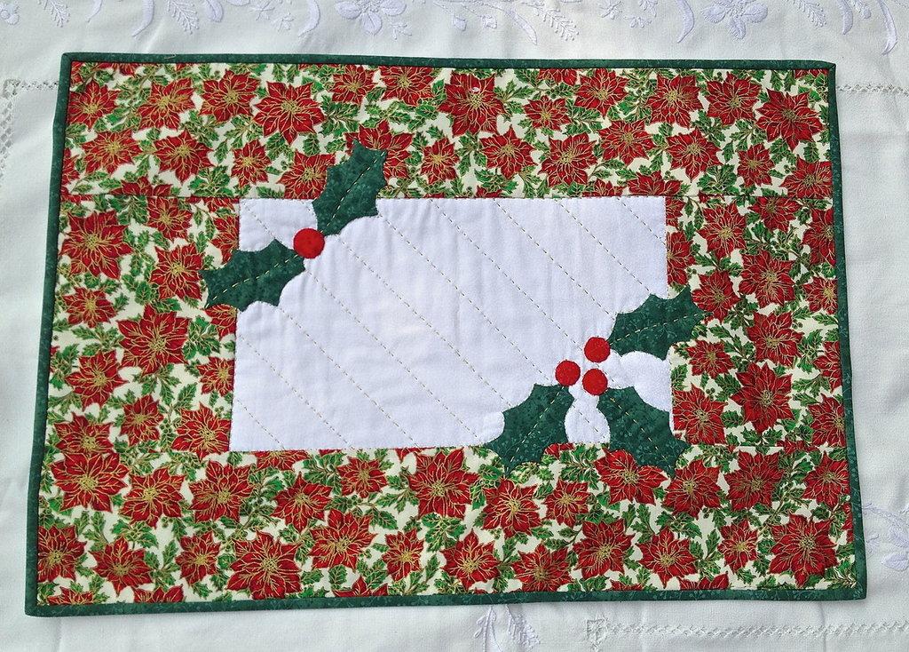 Natale - runner centro tavola tessuto rosso con stelle di natale