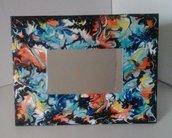 *Specchio da tavolo con cornice realizzata e dipinta a mano*
