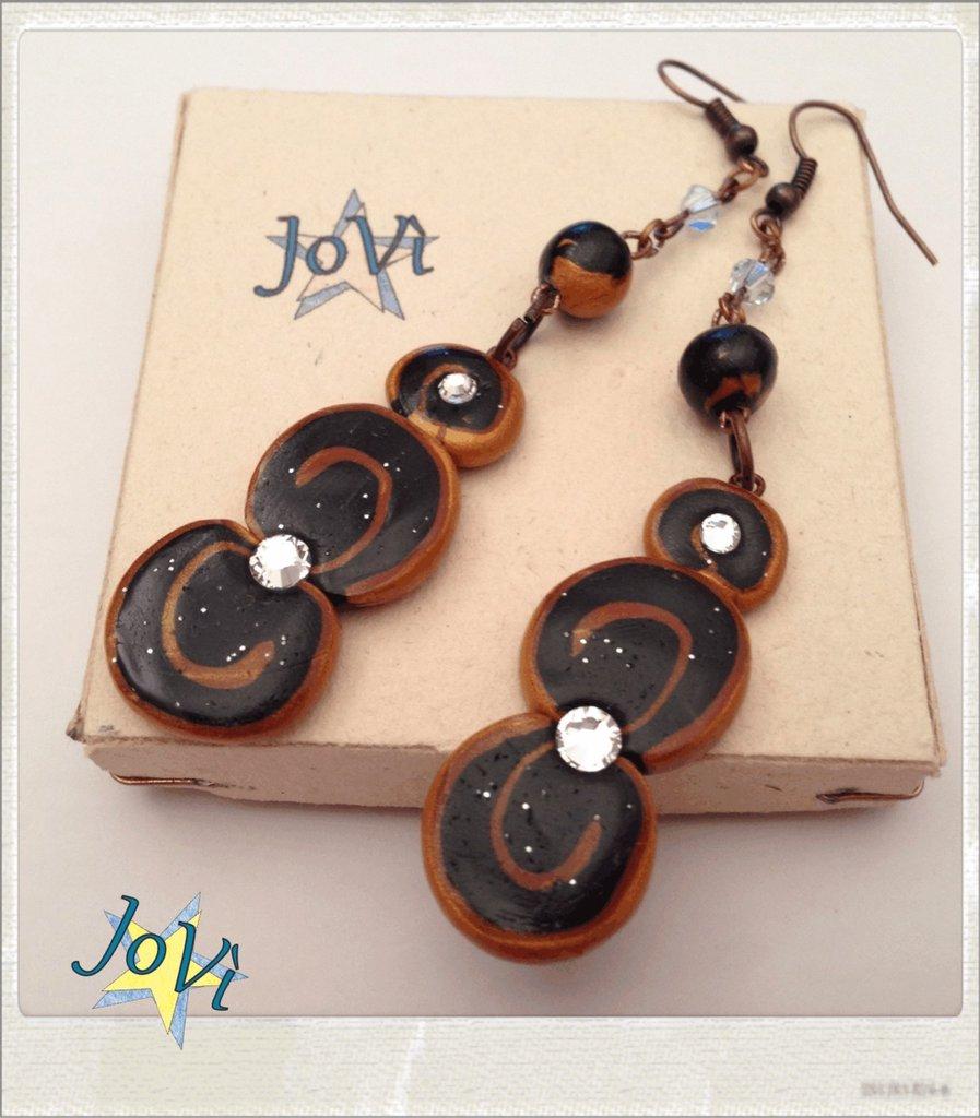 Orecchini artigianali black magic, con veri cristalli, made JoVì