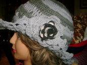 Cappellino donna in pura lana