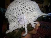 cappellino in lana fatto a mano
