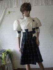 UNIQUE - signore eleganti, non convenzionali ed elegante cappotto