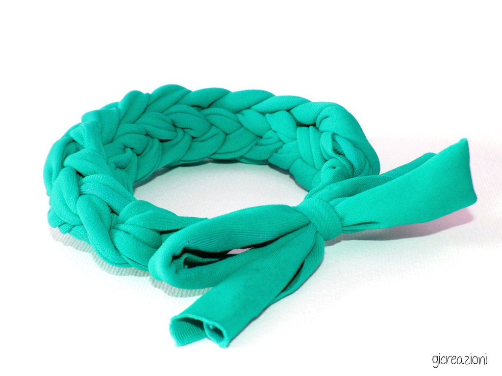 Bracciale intrecciato verde