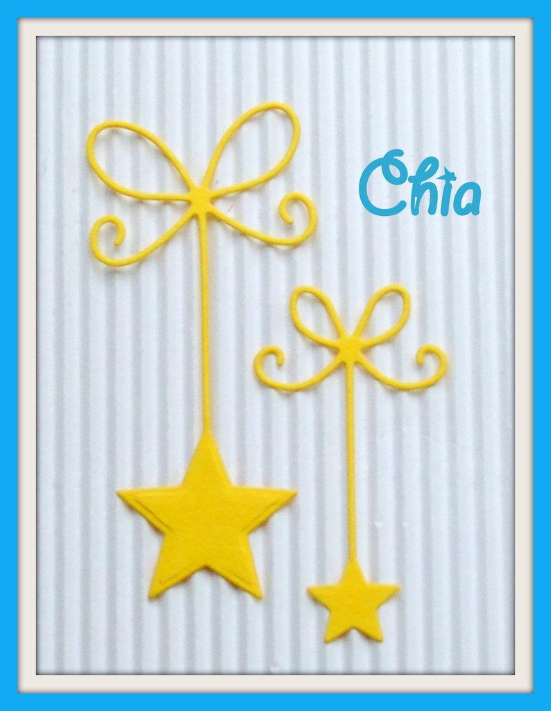 12 stelle fustellate in cartoncino di 2 misure