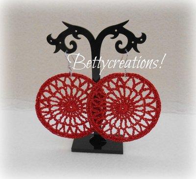 Orecchini Uncinetto Cerchio rosso metallico