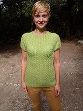 maglione verde chiaro