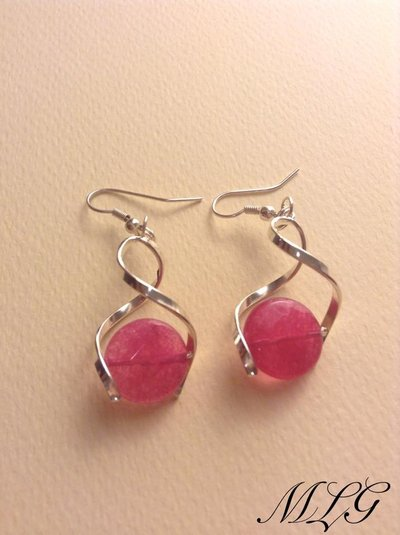 Orecchini in giada rosa