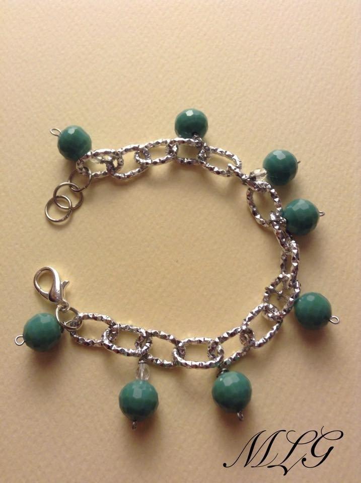 Bracciale con perle verde acqua