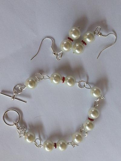 Set orecchini,braccialeta