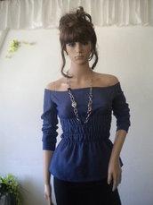 Camicetta elegante con cimosa cotone elasticizzato e le spalle nude