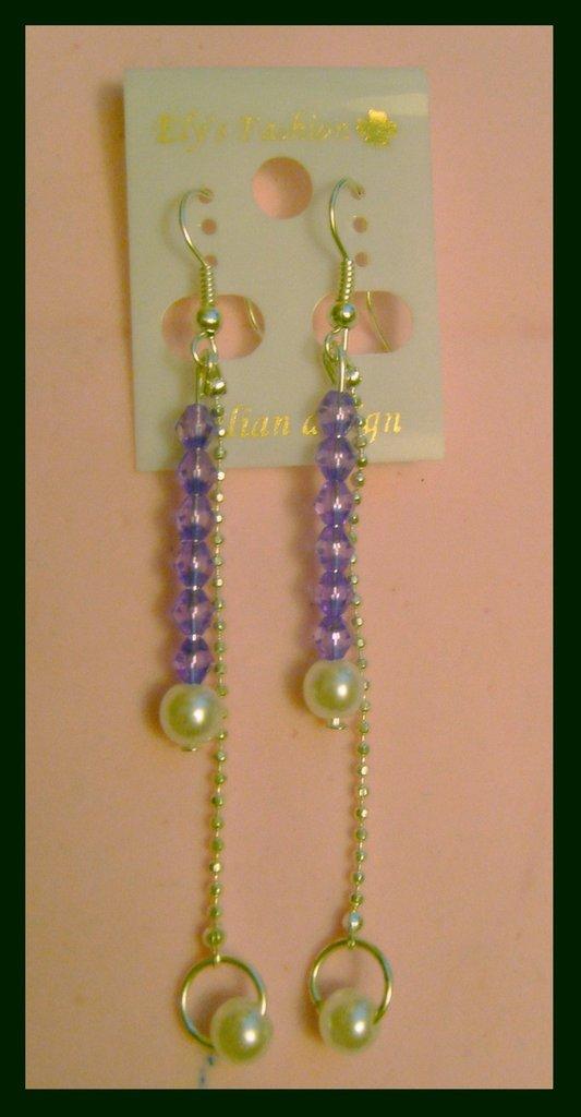 orecchini pendendi con perline lilla