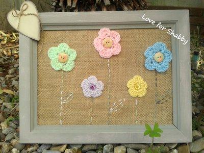 portafoto in juta e fiori in crochet