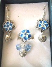 Parure,completo, con orecchini ed anello,fiore in fimo,.swarovski ,cristalli e pallina in filigrana idea regalo
