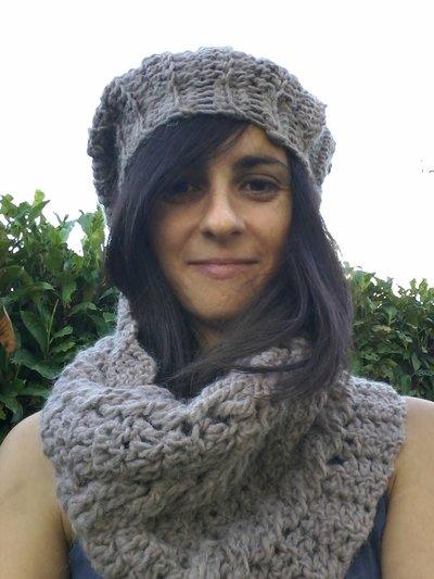 Cappello e scaldacollo in lana COD. 01