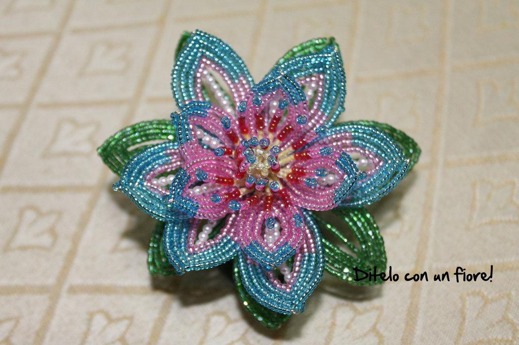 Fiore di Loto con perline